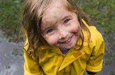 Ребенку нужно уделять внимание для того, чтобы он учился любить