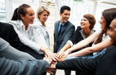 Очень интересный опыт бизнесменов, которые решили руководить по-человечески